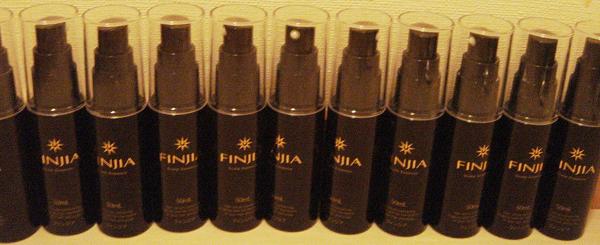 フィンジアで長期実践の結果のボトルコレクター